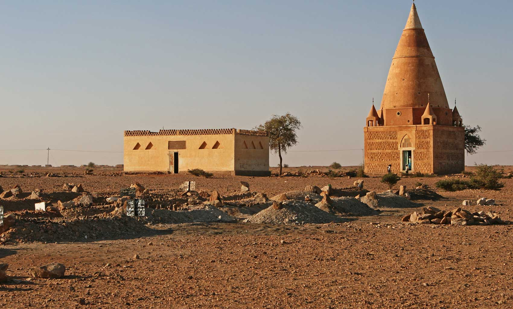 IMG_7159 Mosque and graves.jpg